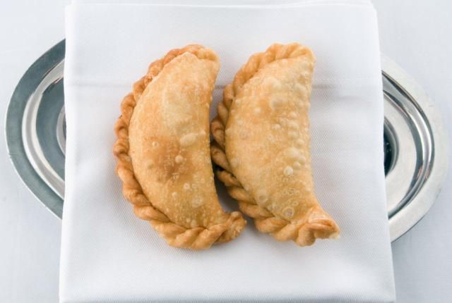 Make Tempting Chilean-style Fried Cheese Empanadas