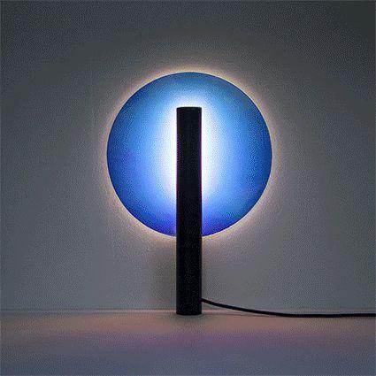 Luminaire Aurore par Ferréol Babin pour l'exposition Objet Lumière