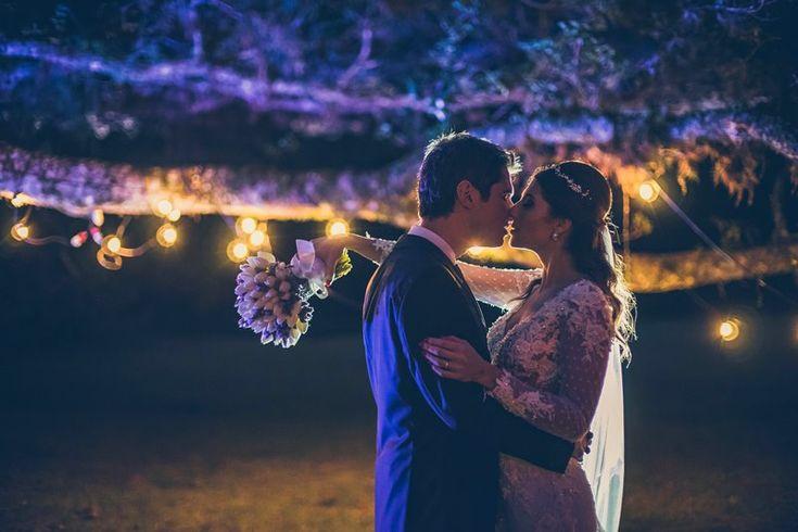 Ensaio dos noivos - Casamento ao ar livre - Foto: