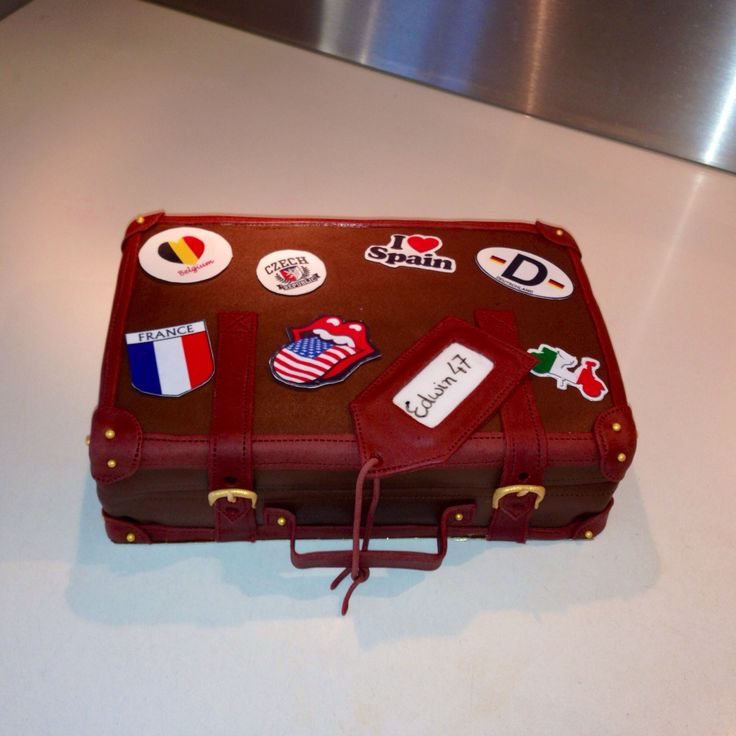 Koffer taart - suitcase cake