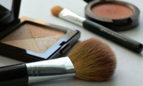 Bildspel: Lär dig rengöra dina sminkborstar