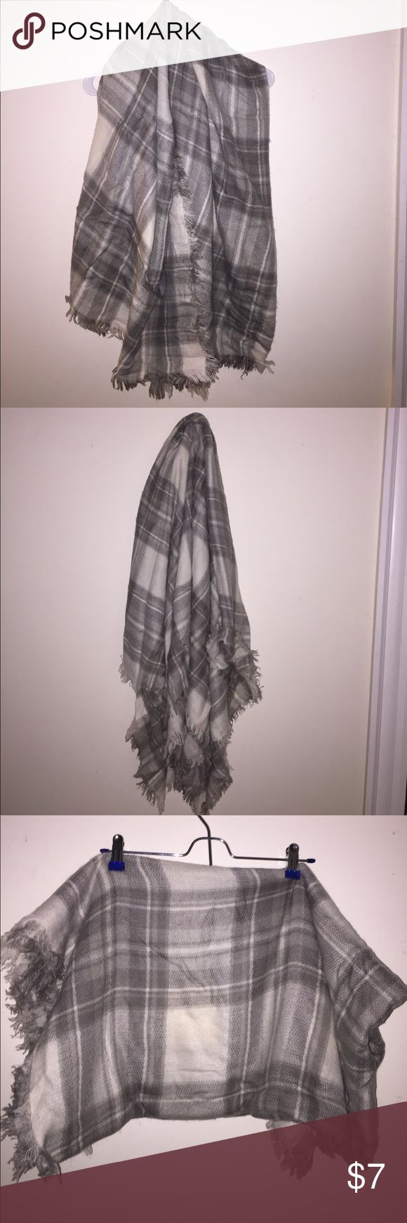 BP plaid scarf Nordstrom BP gray and white warm plaid scarf/shawl, barely used and in good condition bp Accessories Scarves & Wraps