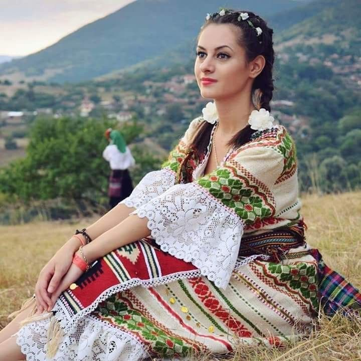 эти фотосессия в молдавских костюмах поиском