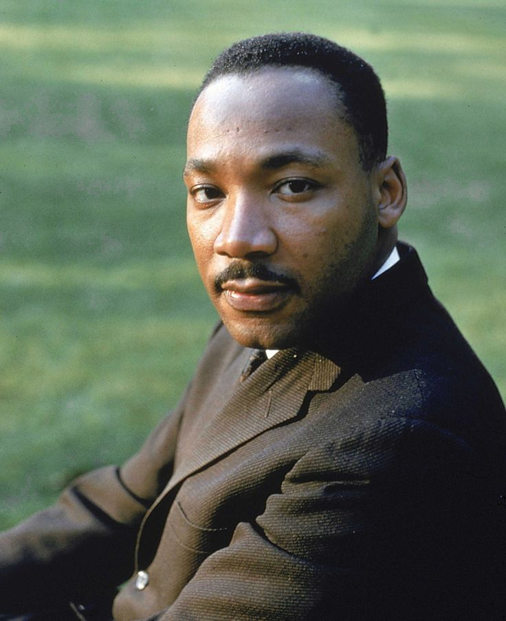 Sitting for a portrait at Atlanta University, circa 1963.23 Incredible Full-Color Pictures Of Martin Luther King Jr.