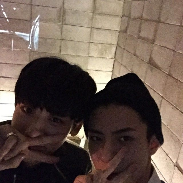 "Chanyeol and Sehun - ""Exo-l 사랑해"" 