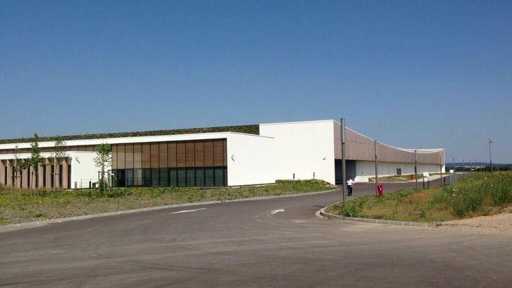 Octobre 2013 : Le plus grand data center en free cooling de France #orange #Normandie #cloud #orange #BigData