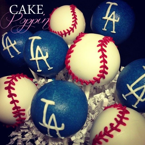 Los Angeles Dodgers baseball cake pops www.cakepoppin.com
