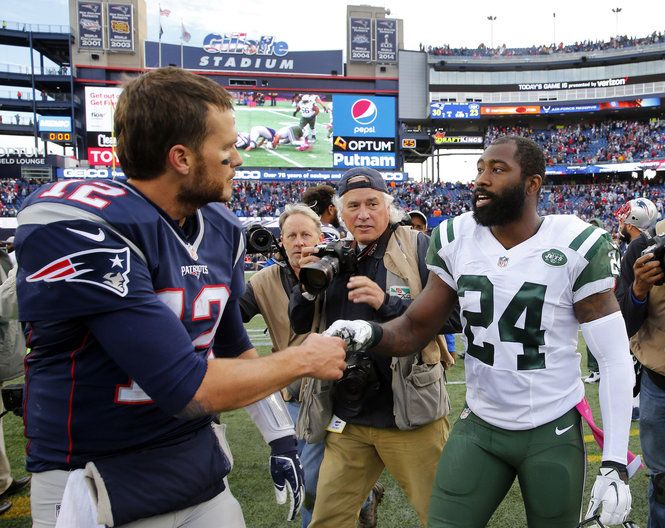 New England Patriots QB Tom Brady had nice things to say about former teammate Darrelle Revis on Friday.