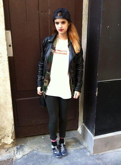 Supreme T Shirt, Zara Pants, Juju Jelly Shoes