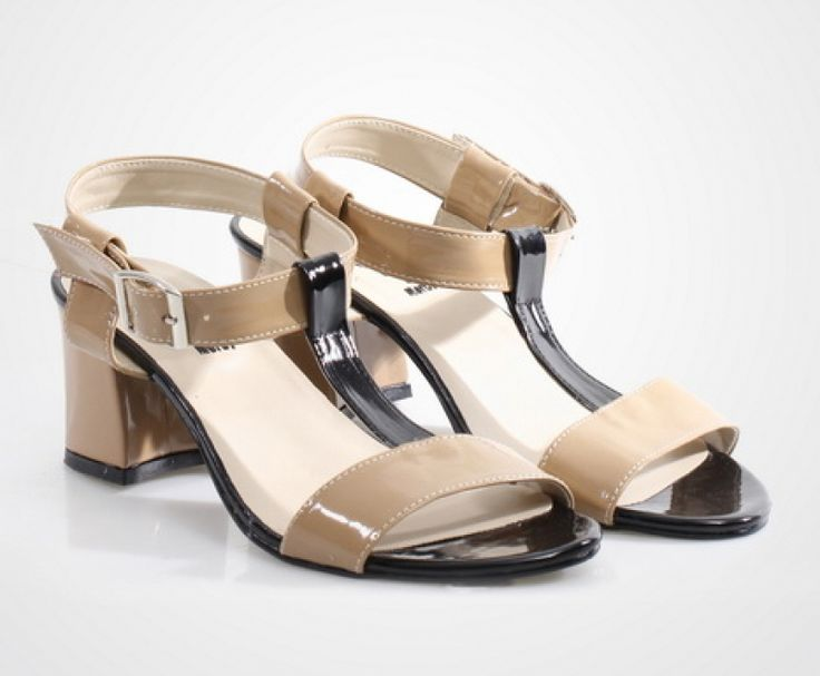 Sandra Heels by Grace et Mercy. Pair these shoes with a flare dress and a handbag. http://zocko.it/LD4Nk