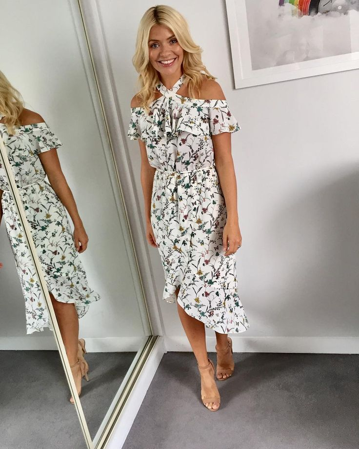 "Holly Willoughby on Instagram: ""Morning... it's haaaawt! ☀️ Today's look on @thismorning dress by @oasisfashion shoes by @officeshoes #HWStyle✨"""