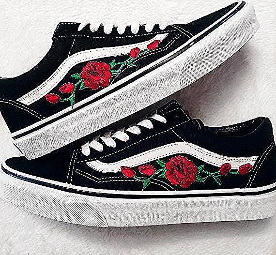Rose Buds Red Blk Unisex Custom Rose Embroidered Patch Vans Old Skool Sneakers In 2020 Vans Old Skool Sneaker Sneakers Vans Old Skool