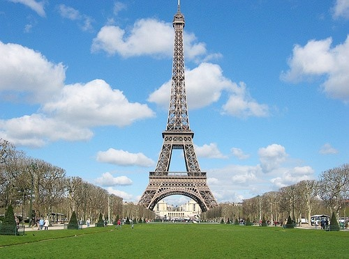 One of my long-time dreams is to take a mother-daughter trip to Paris, France. places-id-like-to-go