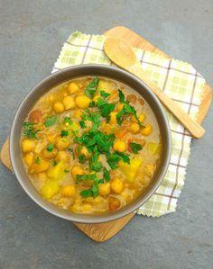 Curry de grão de bico com legumes
