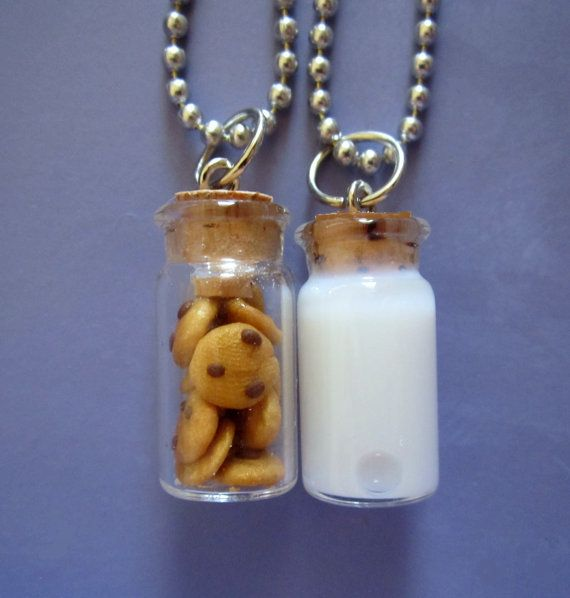 Best idea for friendship necklace ever!