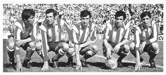 Ufarte, Luis, Gárate, Irureta y Alberto formaron una delantera de lujo en el Atlético de Madrid que consiguió numerosos triunfos en la década de los 70.