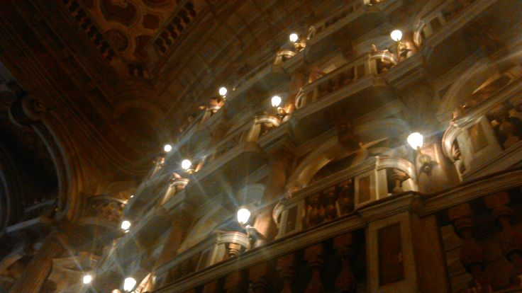 Teatro, Mantova