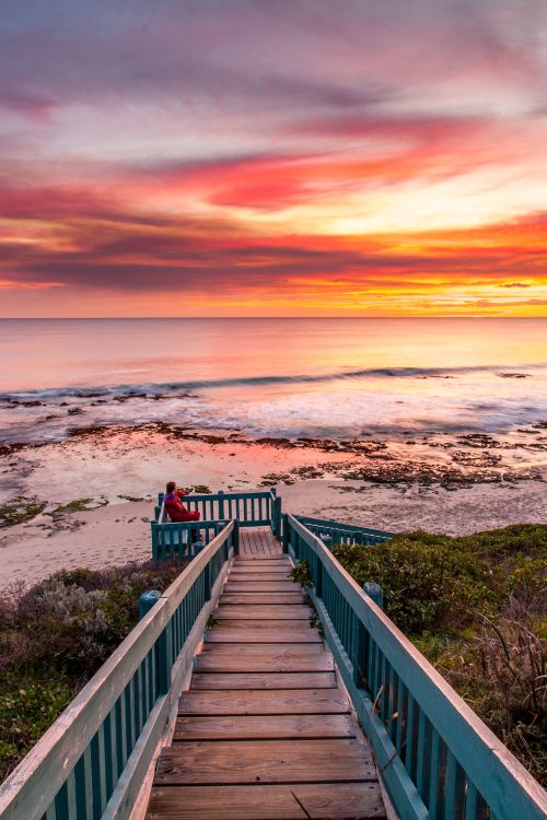 The capital of Western Australia, Perth has a population of just under two million people and is said to be one of the most beautiful cities in Australia... Easy to see why! #Australia