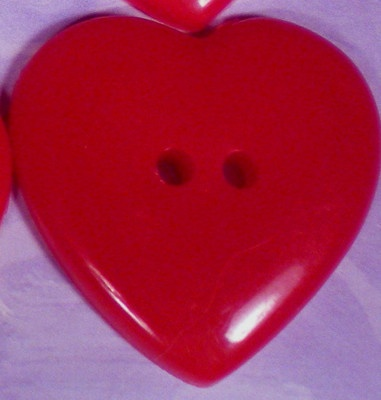 "12 RED HEART BUTTON PLASTIC REALISTIC VALENTINE UNUSED 1 1/8"" X 1 1/8"" OR 28mm on eBay!"