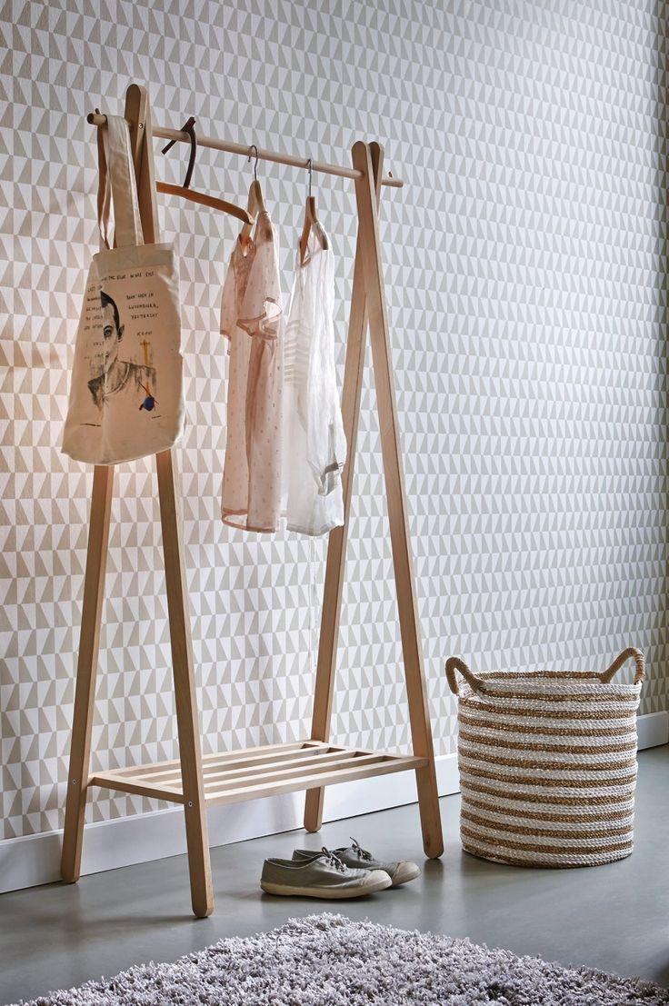 portant en bois but tmo retailboard yay. Black Bedroom Furniture Sets. Home Design Ideas