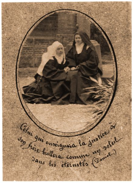 sainte-Therese-de-Lisieux : she signed the holy card for this novice