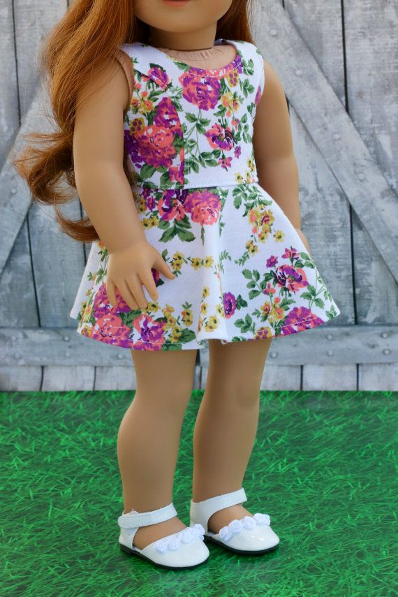 América hizo la ropa de la muñeca  blanco Floral sin mangas
