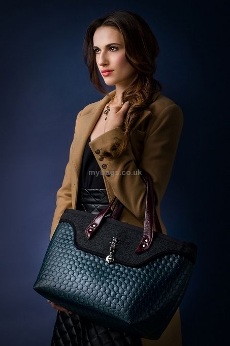 http://mybags.co.uk/goshico-tote-bag-with-leather-handles-sote-1825.html