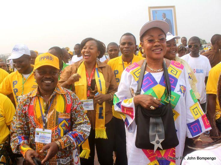 Des cadres et membres du PPRD, lors de la clôture du 2ème congrès de leur parti politique le 21/08/2011 au stade des martyrs à Kinshasa. Radio Okapi/ John Bompengo