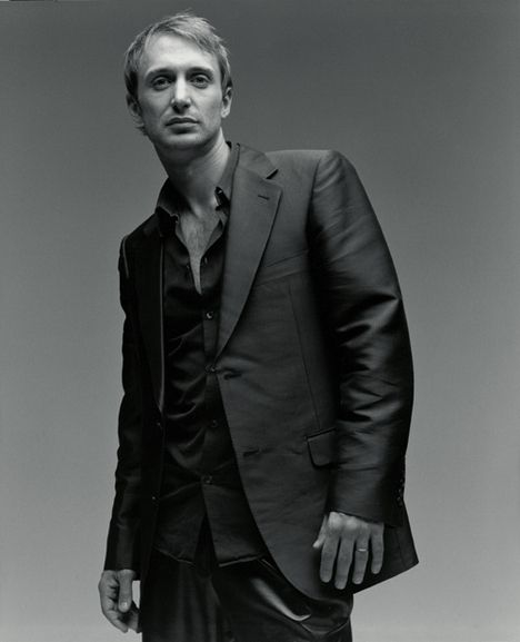 DAVID GUETTA suited up