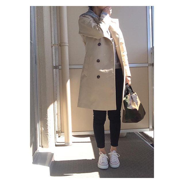 ・ ・ 2016年3月25日 ・ 連投スミマセン ・ 中々春になりませんね🌸🌸 目が痒くてついに眼科で目薬もらいました👀 #コレでウサギ目から解放 😂 ・ ・ ・ 久々にパーカー着ましたが実は白が欲しくて買おうか悩み中 コレ裏起毛であったかいんです💕 #でも見えてない 😂 ・ ・ ・ parka#UNIQLO men's pants#bayflow coat#gu sneaker#converse bag#hervechapelier ・ ・ #ユニクロメンズ族 #uniqloginza #gumania #トレンチコート#スニーカー#カモフラ#kurashiru #XZ #スナップミー #locari ##beaustagrammer #LIN_stagrammer #ootd_kob