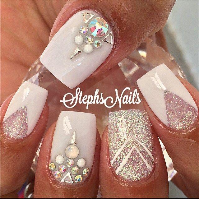 Stephanie Loesch @_stephsnails_ #white#clear#spar...Instagram photo | Websta (Webstagram)