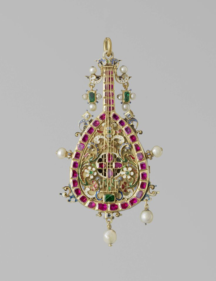 Pendant in the shape of a mandolin, gold, enamel precious stones and pearls, ca. 1600
