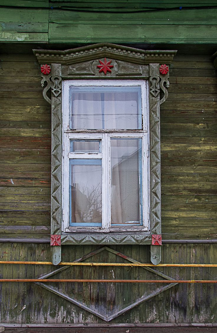 Traditional Decorative Carved Wood Window Frame, Murom, Russia |  Architectural Details