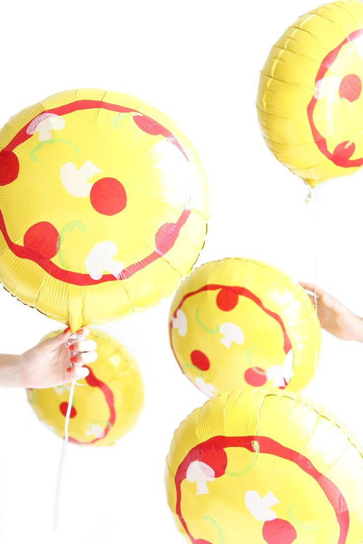 The perfect balloons for a pizza party and you can make for What can you make with balloons