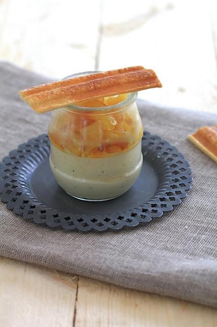 On dine chez Nanou: Petits pots de crème à la vanille , ananas caramélisé et mouillettes de pâte feuilletée pour accompagner les photos de notre visite de Melk
