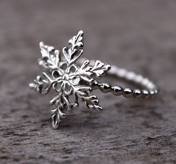 This Snowflake Ring is the perfect sterling silver stacking ring for your winter jewelry collection. Each ring is wonderfully detailed, with