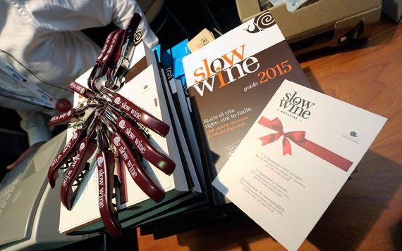 Slow Wine 2015 si è presentata al Salone del Gusto, dimostrando di essere in ottima forma.