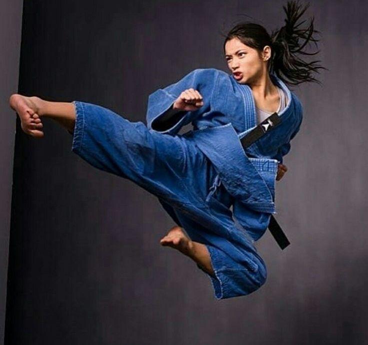 Pin by Rach Bickmore on Martial Arts♡   Martial arts, Martial arts women, Women karate