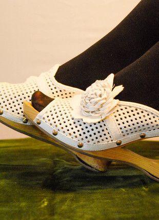 Kupuj mé předměty na #vinted http://www.vinted.cz/zeny/nazouvaci-boty/5240359-vysoke-nazouvaci-boty-pantofle