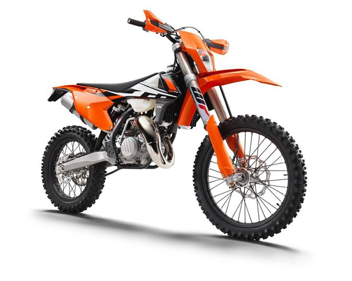 2017 KTM 300 EXC Review and Specification