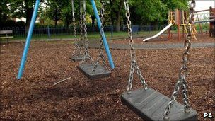 Smoking ban proposed for Welsh playgrounds and hospital grounds