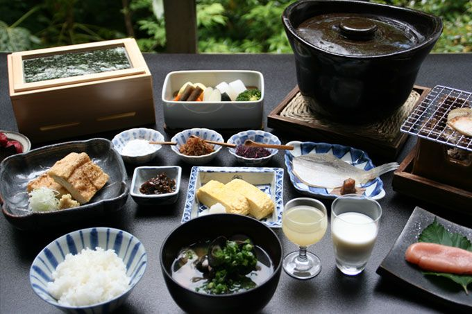 Ishikawa Beniya Mukayu food breakfast - Luxury Travel to Japan luxurytraveltojapan.com #japantravel #Beniyamukayu #onsen