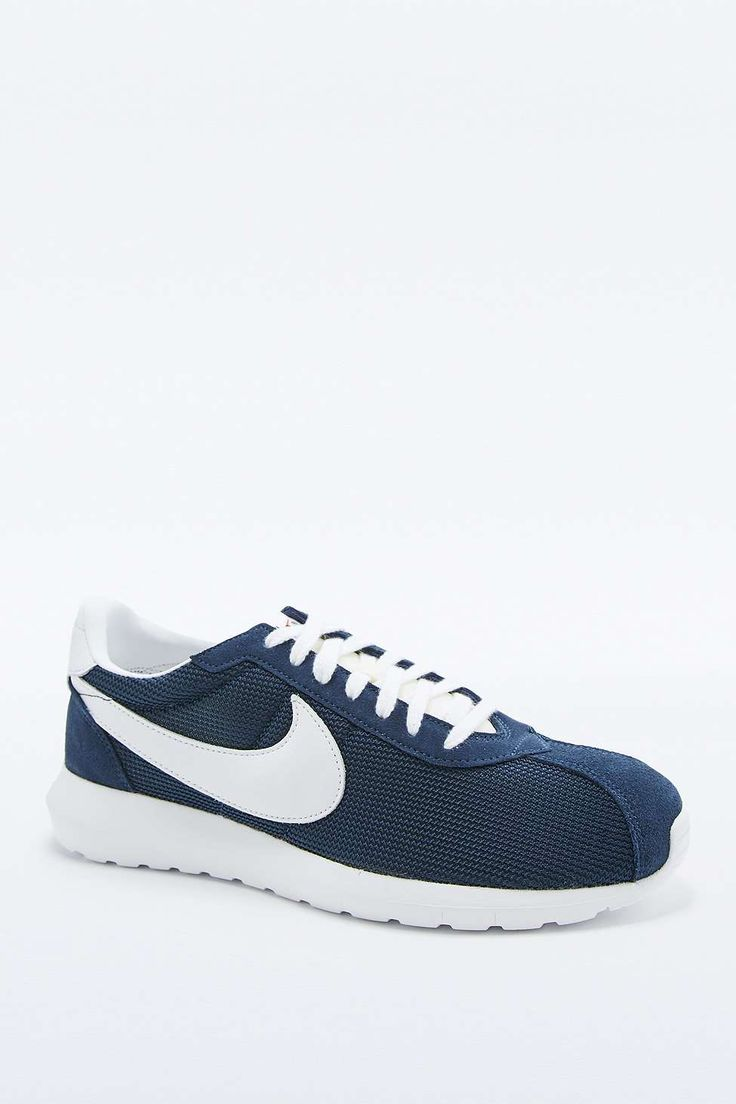 Nike Rosche LD-1000 Navy and White Trainers