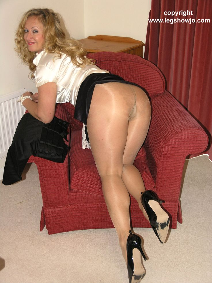 Mature nice heels and pantyhose