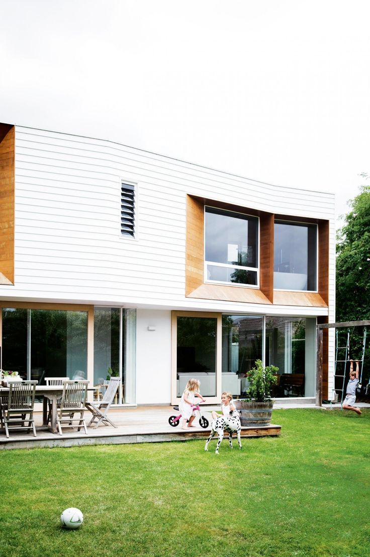 tasmania-white-timber-exteriors