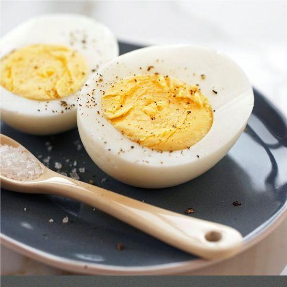 Easy Peel Hard Boiled Eggs - An easy side dish recipe!