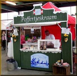 Authentieke Poffertjeskraam huren https://www.funenpartymatch.nl/poffertjeskraam.php