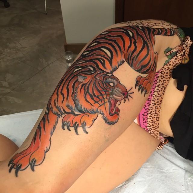 Chris Nunez Tiger Tattoo On Right Thigh