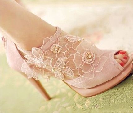Talk about prom shoes or any fashion event ! WOW!!!