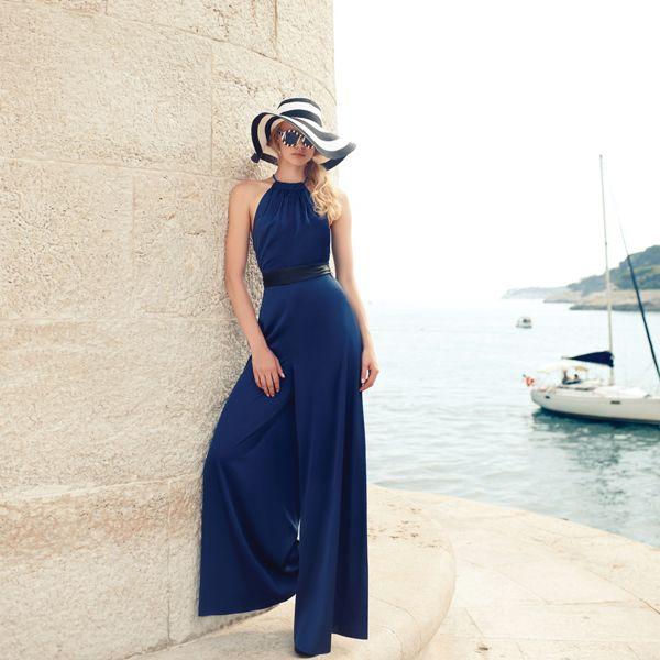 Descalça em St. Tropez. Verão Romairia 2016 #summer2016 #fashionclothes #sttropez